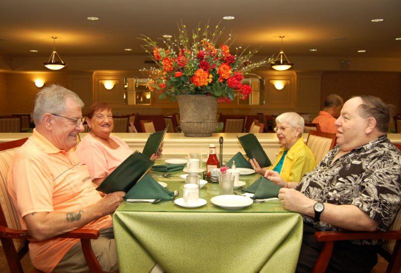 Castle Senior Living dining